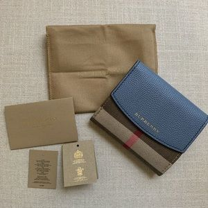 Burberry House Check Derby Leather Wallet